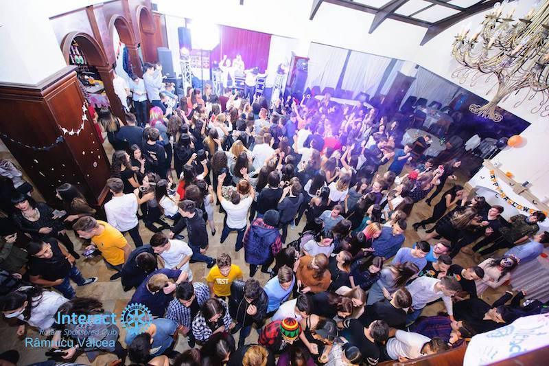 Event Factory - Dj Vladu - Cabina Foto Showtime - Ramnicu Valcea - Nunta Botez Aniversare Majorat Eveniment Privat dj 2
