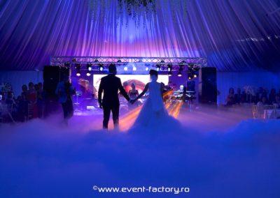 Iulia si Bogdan Event Factory Dj Vladu Cabina Foto Showtime Ramnicu Valcea Nunta Botez Aniversare Majorat Eveniment Privat 10