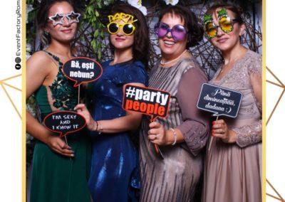 Cabina Foto Showtime - Magic Mirror - Nunta - Oana si Alex - Restaurant Posada Events Ramnicu Valcea - Event Factory (116)
